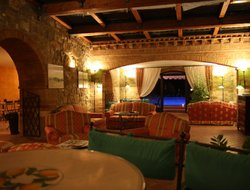 Top-3 hotels in the center of San Quirico d'Orcia