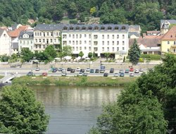 Bad Schandau hotels with river view