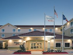 Seguin hotels for families with children