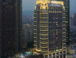 Shenzhen hotels with swimming pool