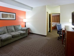 Pets-friendly hotels in St. Cloud