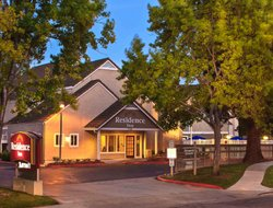 Sunnyvale hotels for families with children