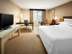 Top-10 hotels in the center of Sunnyvale