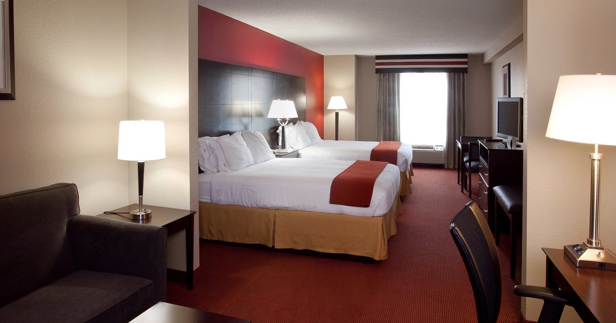 Holiday Inn Express and Suites Atlanta-Johns Creek