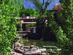 Top-7 hotels in the center of Taos