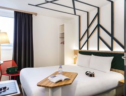Pets-friendly hotels in Val-de-Reuil