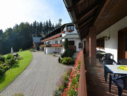 Warmensteinach hotels with swimming pool