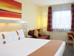 Warwick hotels for families with children
