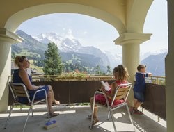 Wengen hotels with swimming pool