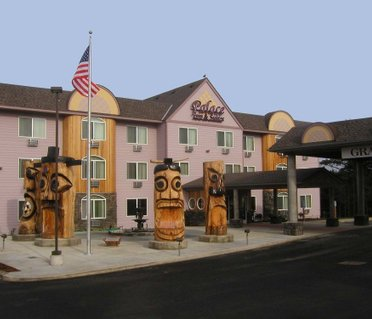 Palace Inn & Suites