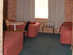 Tamworth hotels with swimming pool