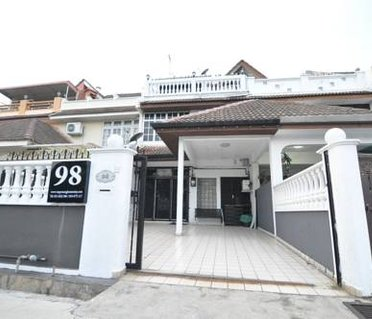 Queensbay Vacation House 5RM