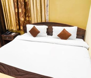 OYO Rooms Chinar Park Rajarhat Near Loknath Mandir(KOL339)