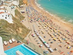 Top-10 hotels in the center of Albufeira
