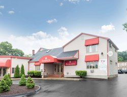 Pets-friendly hotels in Groton