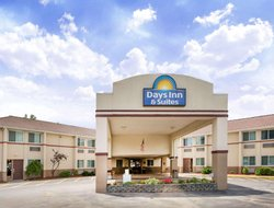 Bridgeport hotels for families with children