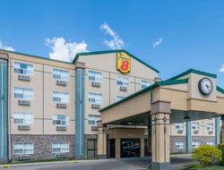 Red Deer hotels with restaurants