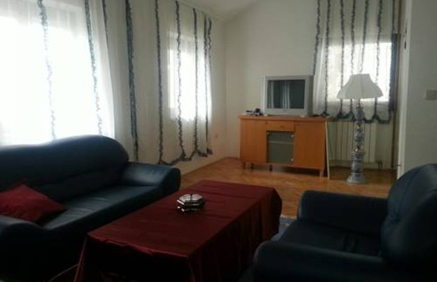 фото Hostel Collegijum Internacional 833461956