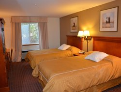 Federal Way hotels with restaurants