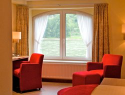 St. Goar hotels with restaurants