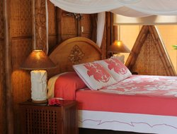 Cook Islands hotels with restaurants