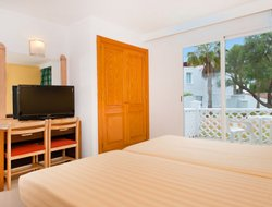 Manacor hotels for families with children
