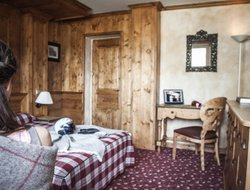 Pets-friendly hotels in Val-d'Isere