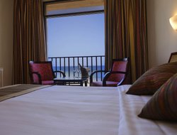 Sur hotels with sea view