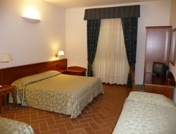 Fiesole hotels with swimming pool