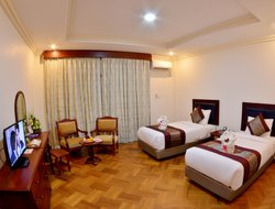Yangon hotels with swimming pool
