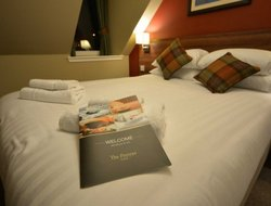 PORTREE hotels with restaurants