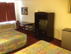 Elk City hotels with restaurants