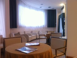 Reggio Calabria hotels with swimming pool