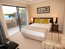Hervey Bay hotels with swimming pool