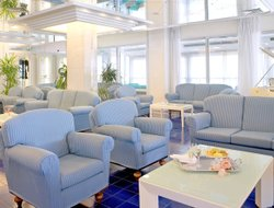Riccione hotels with swimming pool