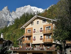 Top-7 romantic Courmayeur hotels