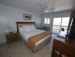 Pets-friendly hotels in Fort Pierce
