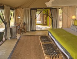 Tanzania hotels with river view