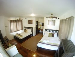 Laoag hotels with sea view