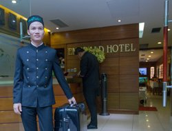 Vietnam hotels with Russian personnel