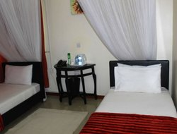 Jinja hotels with restaurants