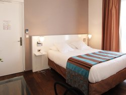 Top-8 romantic La Rochelle hotels