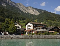 Brienz hotels with restaurants