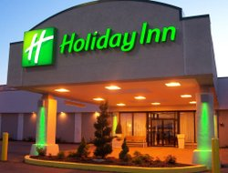 North Canton hotels for families with children