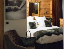 Pets-friendly hotels in Courchevel