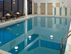Monroeville hotels with swimming pool