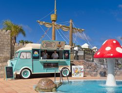 Playa Blanca hotels for families with children
