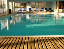 Quiberon hotels with restaurants