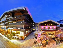 Saalbach hotels with swimming pool