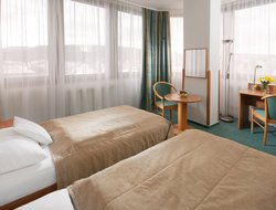 Usti Nad Labem hotels with restaurants